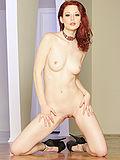 Stuning Justine Joli posing nude