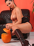 Spooky naked pumpkin carver gets sexy messy